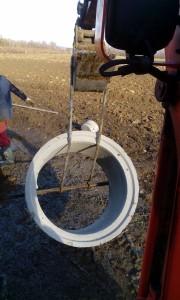 Uložení skruží studny